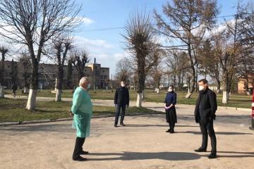 Головний санлікар пояснив, чому не відвідав епіцентр коронавірусу на Тернопільщині