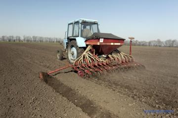Na Ukrainie 52% areałów obsiano uprawami wiosennymi