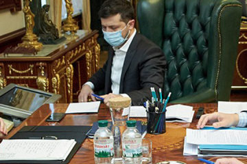 Zelensky discusses with president of South Korea humanitarian aid and visa waiver