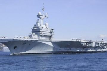 """На борту французького авіаносця """"Шарль де Голль"""" - пів сотні хворих"""