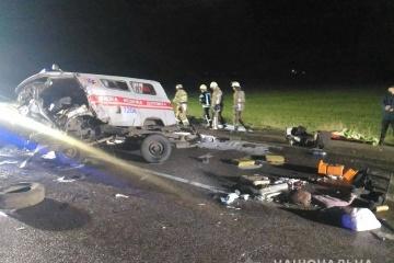 Charkiw: Drei Tote und vier Verletzte bei Unfall von Auto mit Rettungswagen