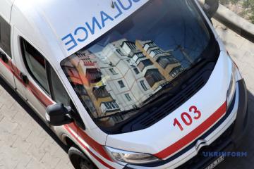 В Україні на COVID-19 захворіли 684 медпрацівники