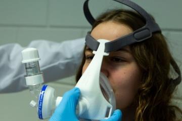 У Бельгії розробили ЗD-маску, що може замінити ШВЛ