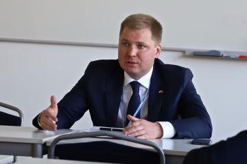 Artem Rybchenko: A pesar de la pandemia, Suiza continúa su asistencia humanitaria al este de Ucrania
