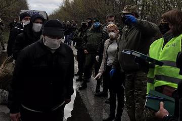 La France et l'Allemagne saluent l'échange de prisonniers dans le Donbass