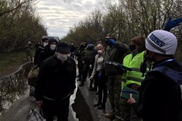 Otra etapa de liberación de detenidos: Ucrania trae de vuelta a 19 ciudadanos