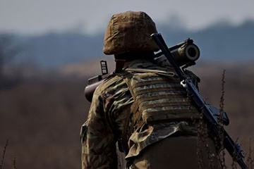 Russian invaders open fire on Ukrainian positions near Shumy