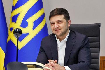 Selenskyj schafft Visa für Bürger aus sechs Ländern ab