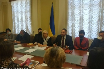 Yermak se reúne con los familiares de los prisioneros en el Donbás