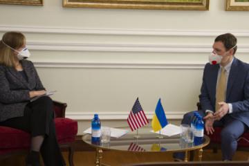 Exteriores: Ucrania y EE. UU. contrarrestarán los intentos rusos de utilizar la pandemia para lograr una relajación de sanciones