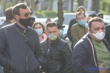 Proteste gegen Quarantäne: Aktion der Kleinunternehmer am Regierungsgebäude