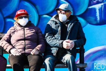 Ucrania informa 550 nuevos casos de coronavirus, con un total de 11.411
