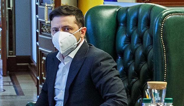 Зеленський обговорив з прем'єром Італії боротьбу проти пандемії