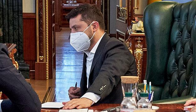Volodymyr Zelensky : Je voulais contracter le coronavirus
