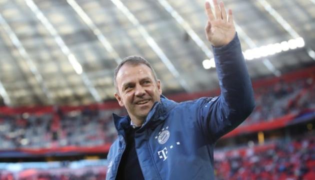«Бавария» продлила контракт с главным тренером Фликом