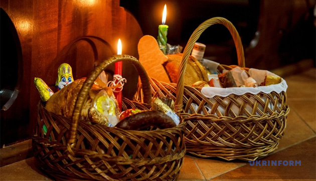 У Житомирі Великодні богослужіння транслюватимуть на місцевих телеканалах