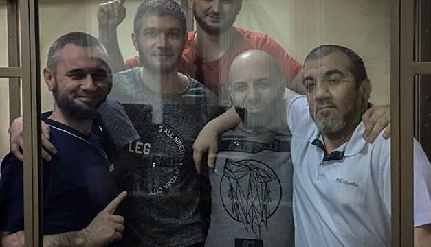 Дружина кримського політв'язня Ісмаїлова не має звісток з лютого