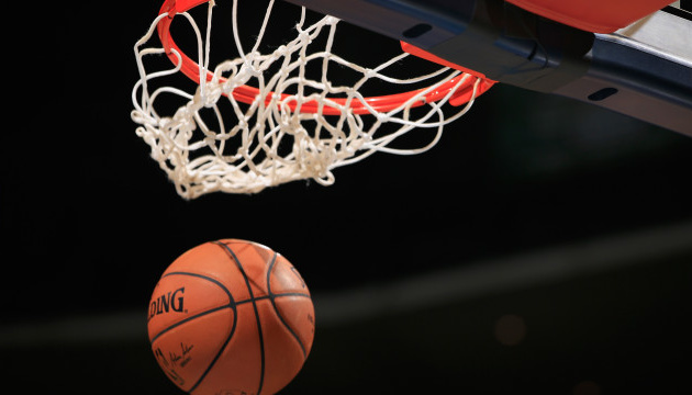 Сезон в НБА завершится до 12 октября - СМИ