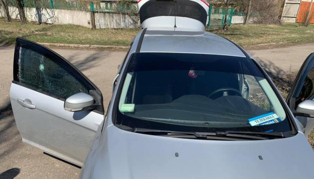 Обстріл авто з журналістами на Донбасі: прокуратура розслідує атаку окупантів