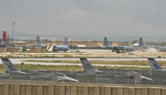 В Афганистане ракетами обстреляли крупнейшую военную базу США