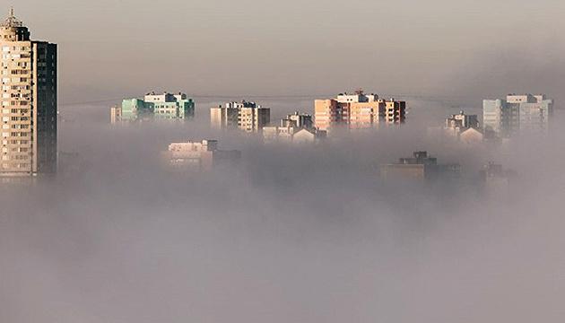 Київ третій день поспіль у ТОП-10 мегаполісів світу з найбруднішим повітрям