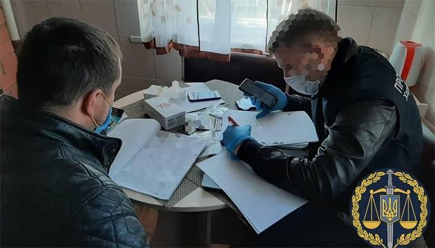 Чотирьох поліцейських підозрюють у кришуванні незаконних порубок на Харківщині