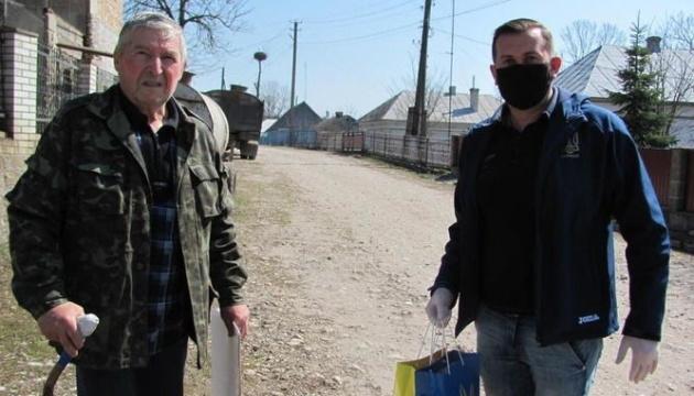 Координаційний штаб допоміг ветеранам футболу Тернопільщині