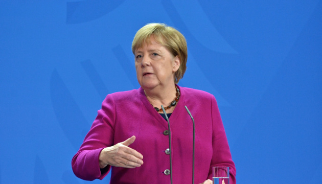 Меркель застерігає Росію від силового втручання у Білорусі