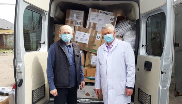 Конгрес українців Латвії надіслав гуманітарну допомогу лікарні в Прилуках