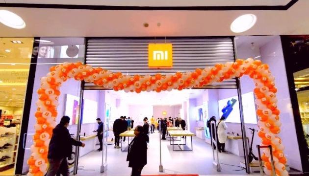 В Ухане возобновил работу магазин Xiaomi