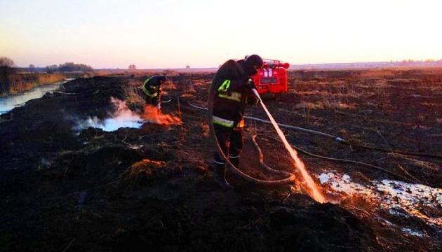 Пожежа на торфовищах у Бородянському районі Київщини ліквідована