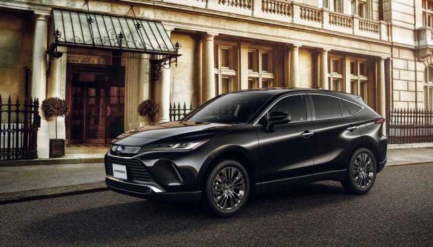 Класика чи гібрид: Toyota представила новий позашляховик у двох версіях