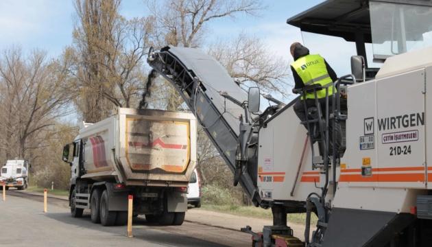 В Станице начали ремонт автодороги в Северодонецк
