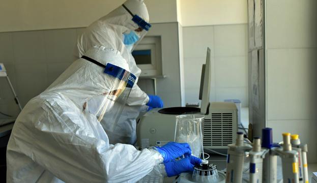 Китайські науковці заявили про успішне випробування вакцини від COVID-19