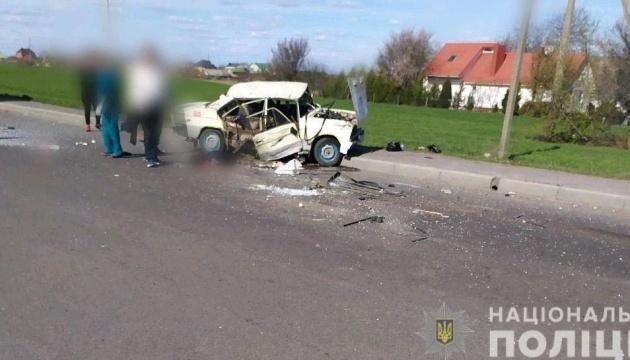На Рівненщині зіткнулись BMW і ВАЗ, загинуло немовля