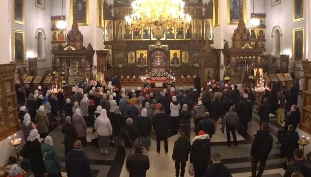 Через скупчення людей у Святогірській лаврі порушили справу