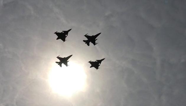 Патрулирование и воздушный бой: НАТО провело учения над Балтикой