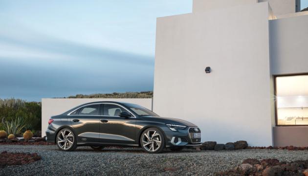 Wi-Fi та мультимедіа: Audi представив седан нового покоління