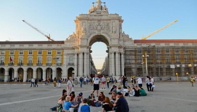 Португалія сподівається прийняти іноземних туристів цього літа, хоч і з обмеженнями