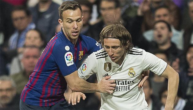 Футбол в Іспанії гратимуть без глядачів до 2021 року