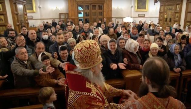 Настоятель Святогорской Свято-Успенской лавры скажет, кто был на богослужении в Пасху