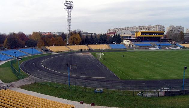 Федерація легкої атлетики проти відкриття ринку на луцькому стадіоні
