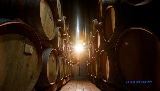 Прямі ефіри з закарпатськими виноробами допоможуть туристам обрати маршрут