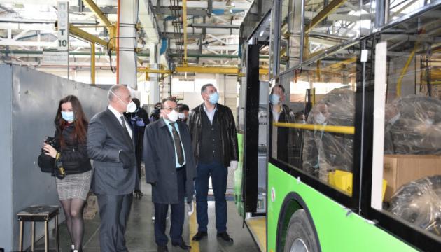 Луцьк купує 29 нових тролейбусів