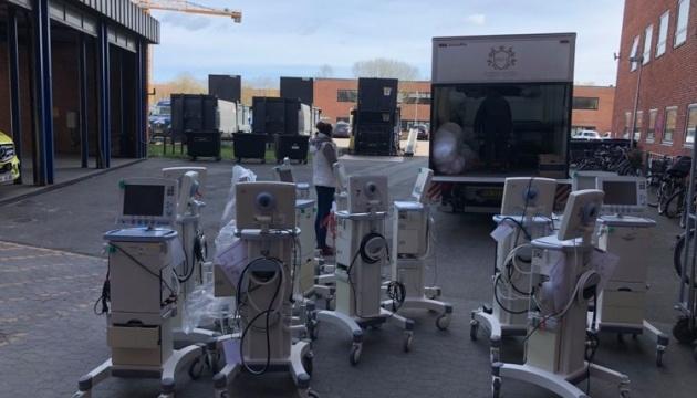 Українська діаспора в Данії передала 10 тонн медичного обладнання для лікарень в Тернополі