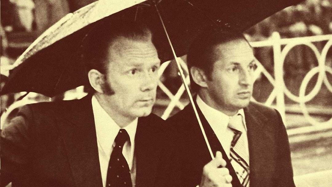 Лобановський і Базилевич. Під однією парасолькою