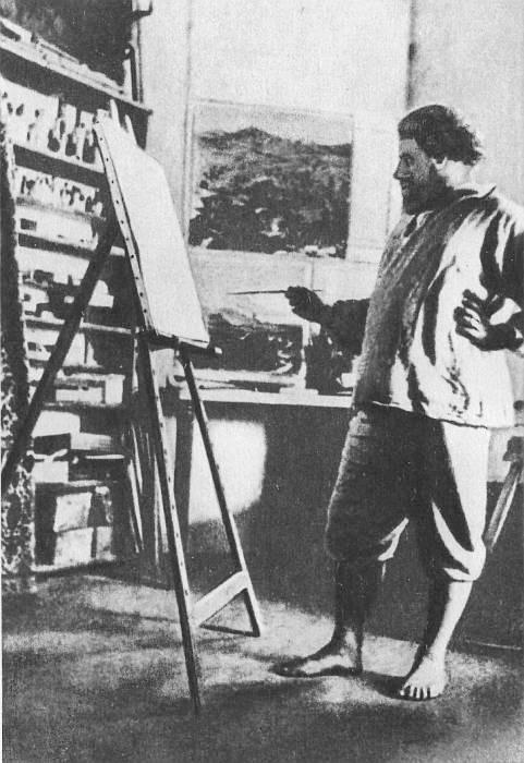 Максиміліан Волошин у літньому кабінеті свого будинку