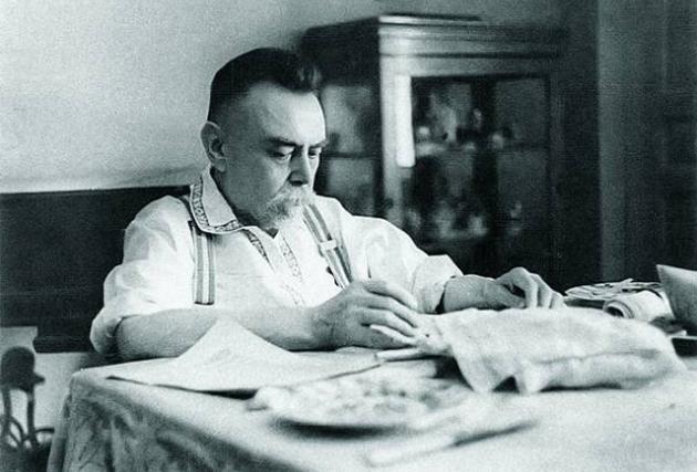 Микола Стражеско