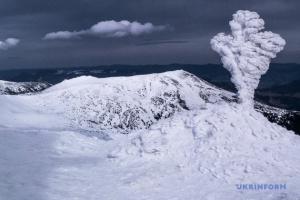 У Карпатах прогнозують хуртовини, можливі лавини