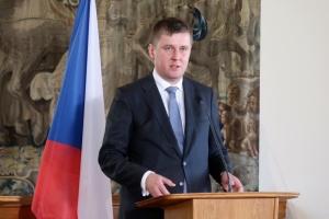 Глава чешской дипломатии ушел в отставку